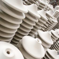 Aisladores en cerámica